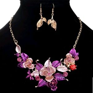 Jewelry - 💐Floral necklace set💐